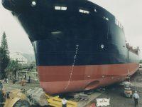 Dredge 'Brisbane' on Slipway 1999